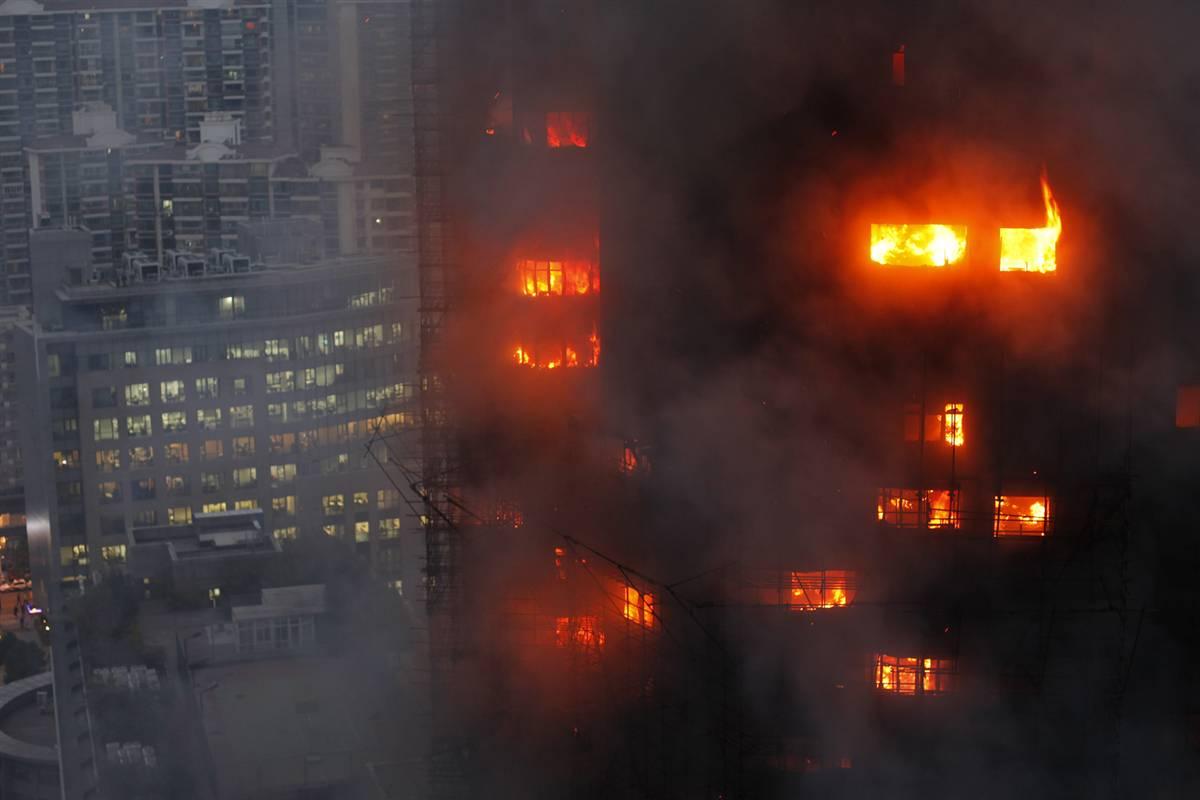 ss-101115-shangahai-fire-04.ss_full