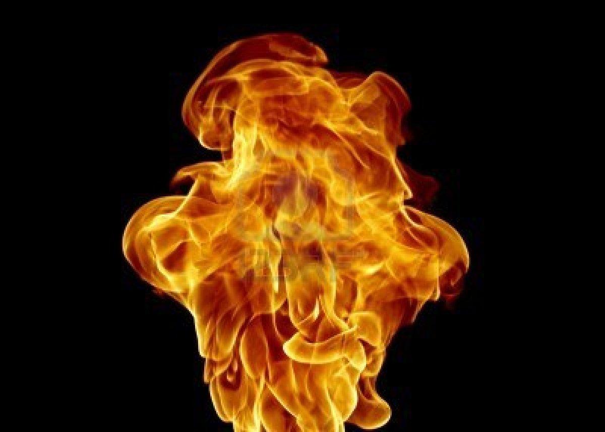 4066312-fire-on-black